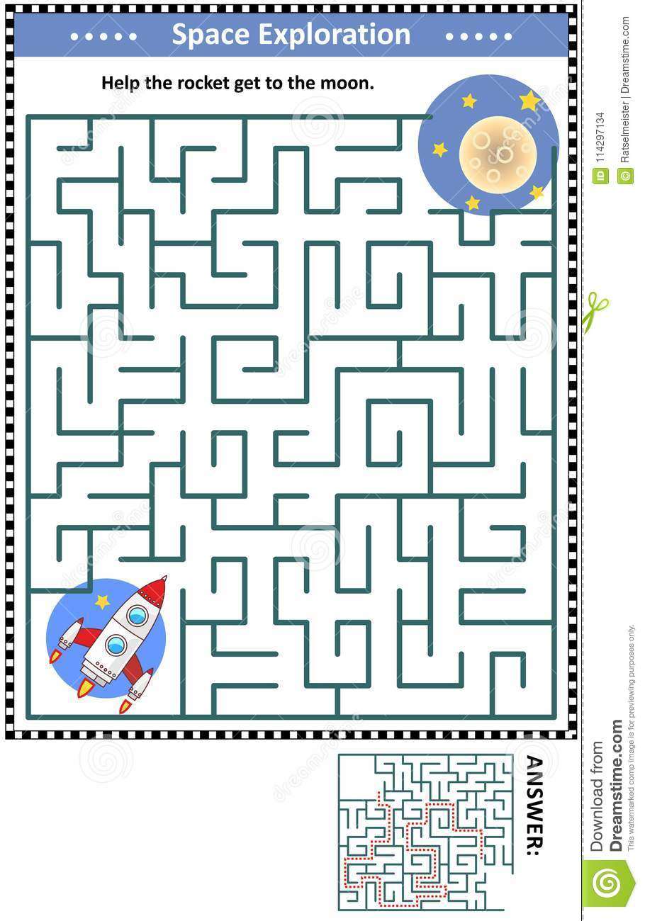 Maze game with rocket and moon