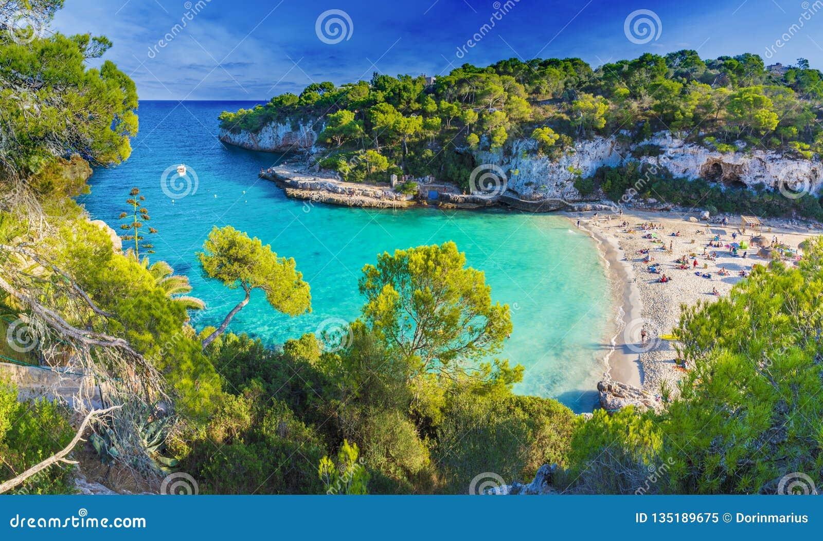 Mazing-Strand auf Cala Llombards, Majorca-Insel, Spanien