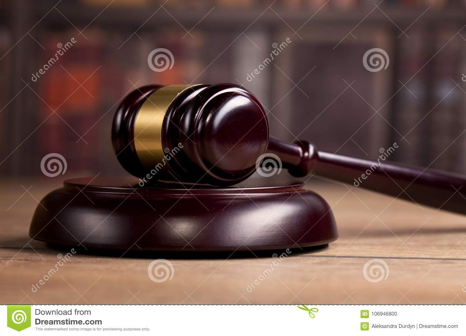 Mazo de madera del ` s del juez Ley Oficina del ` s del juez