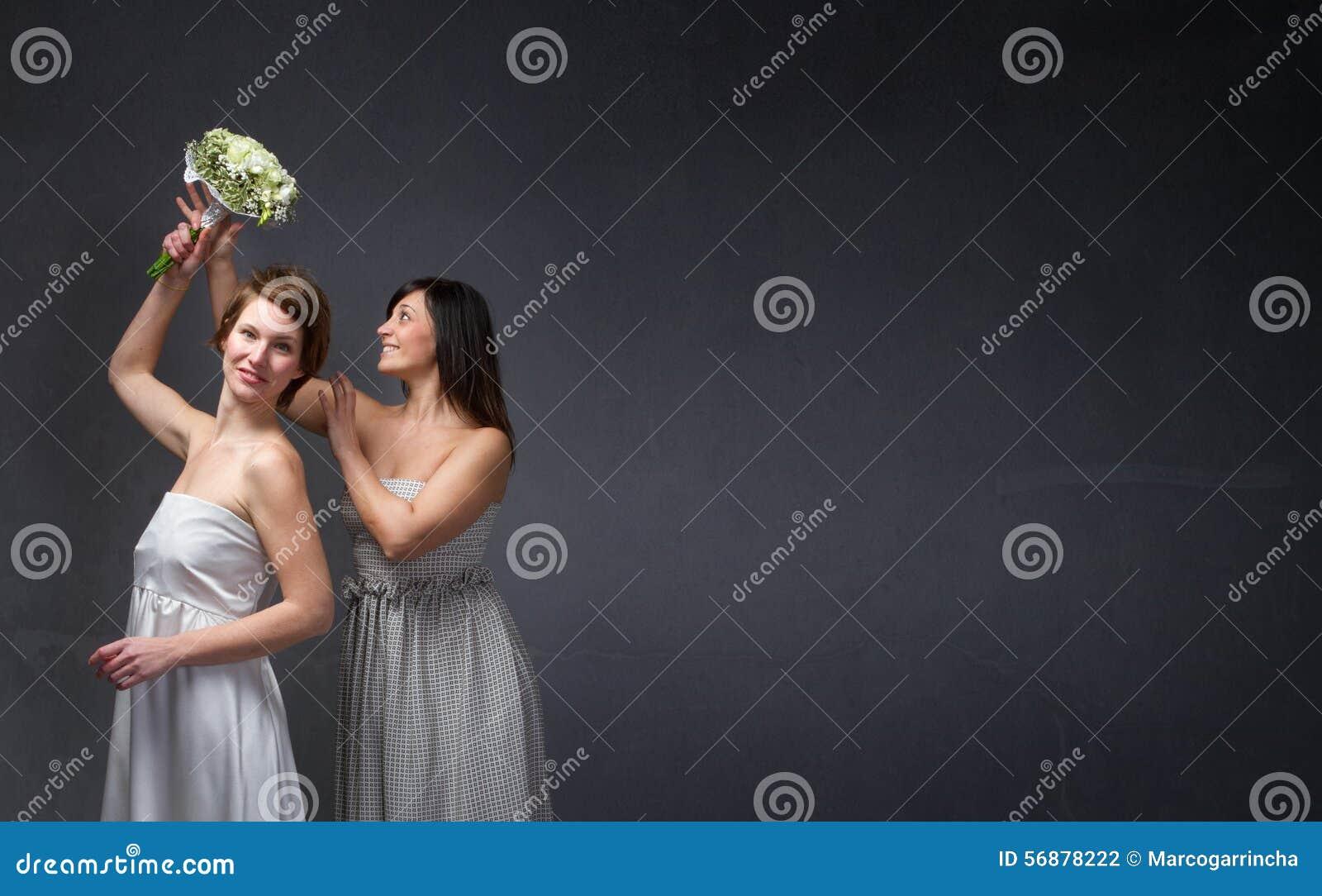 Mazzo che getta in un momento della sposa