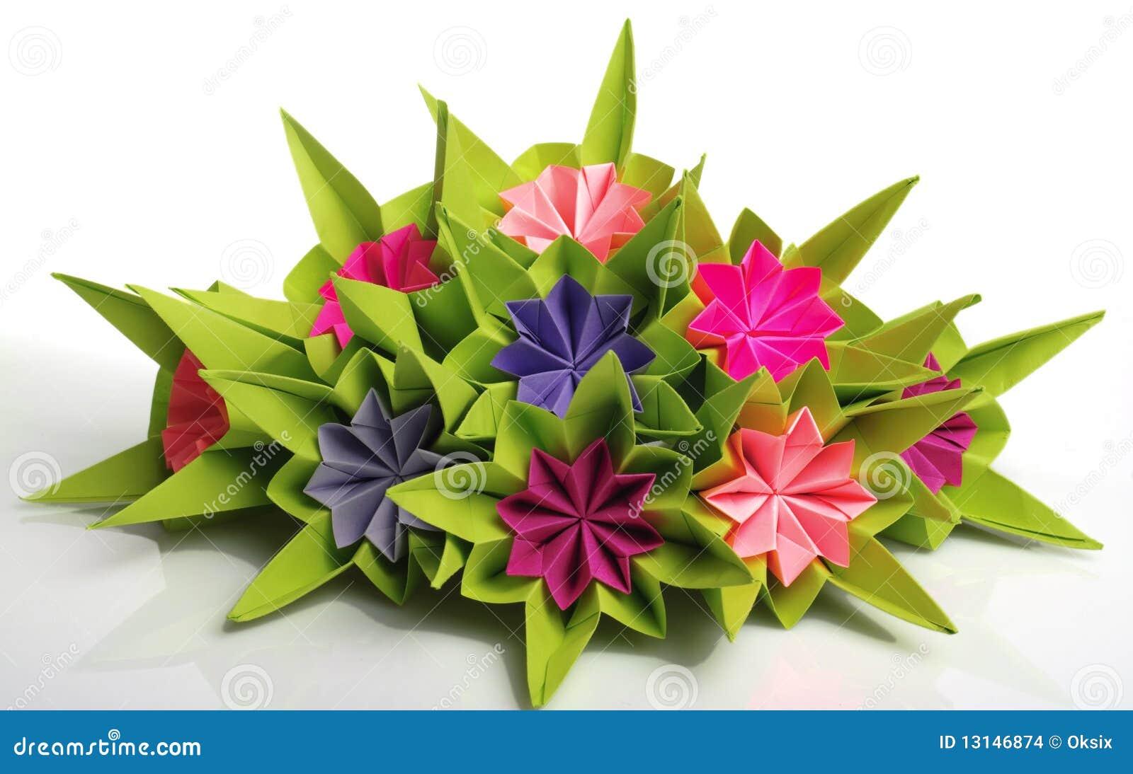 Mazzo Di Fiori Origami.Mazzo Di Origami Fotografia Stock Immagine Di Elemento 13146874