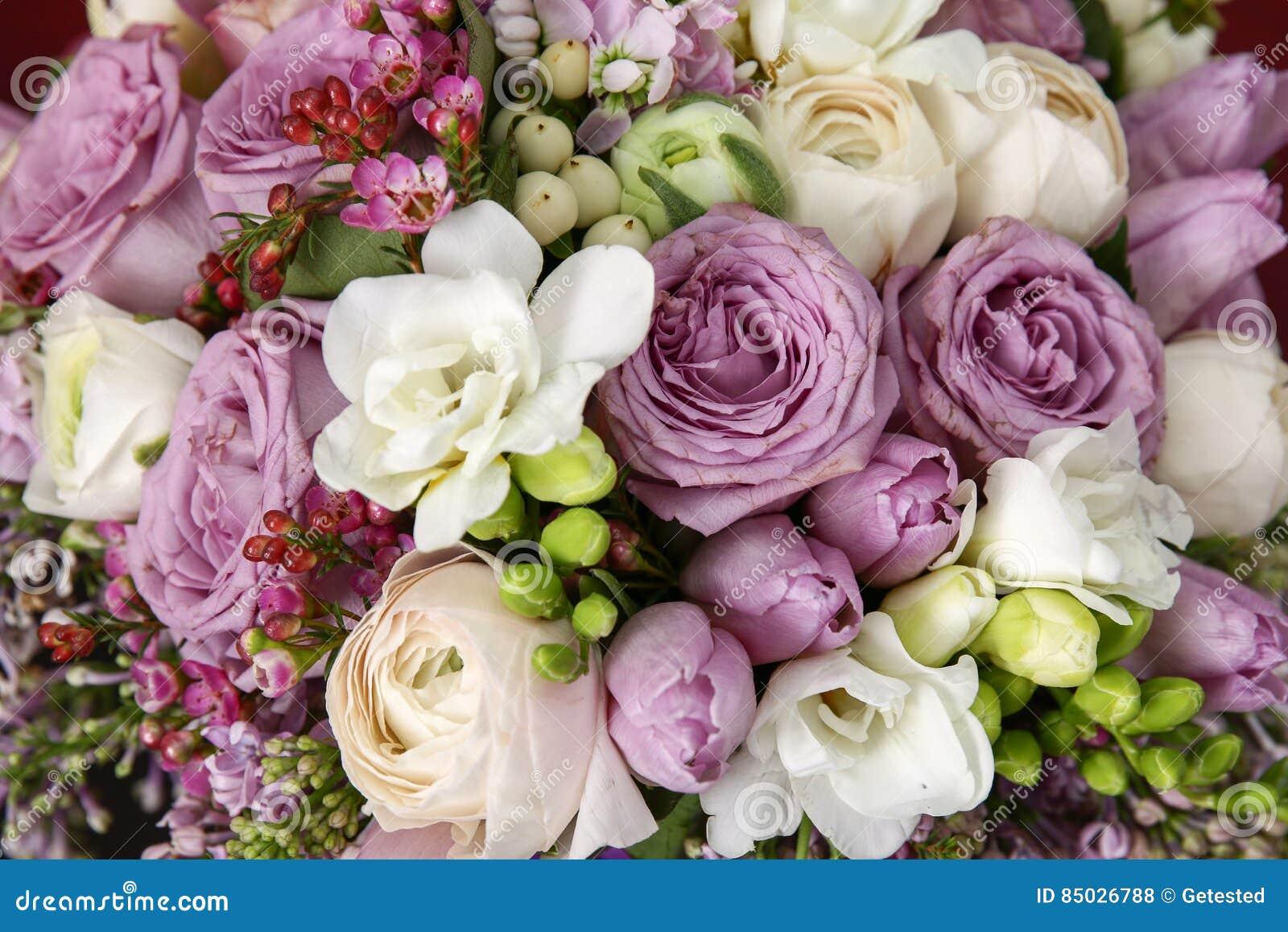 Mazzo enorme delle rose