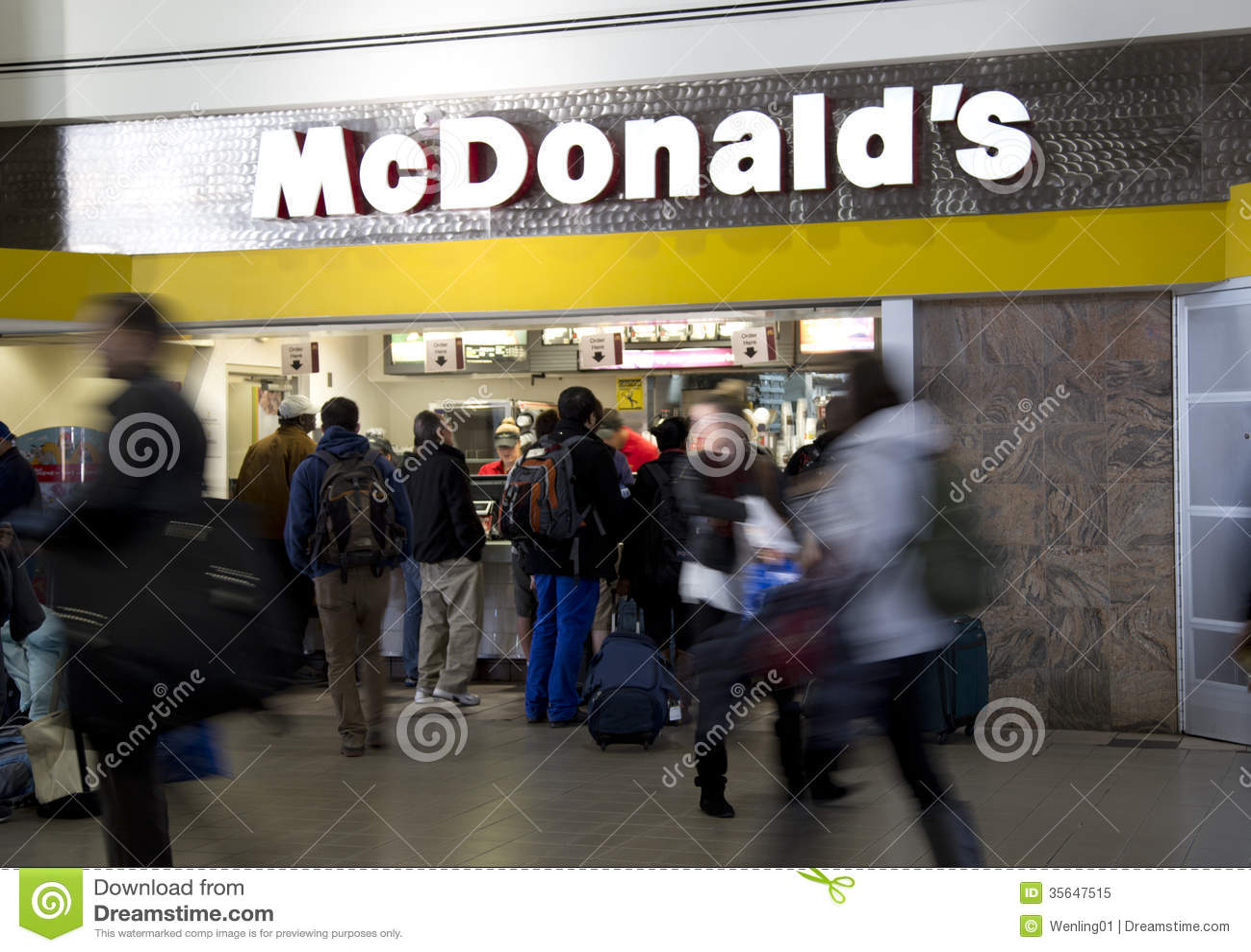 McDonalds στον αερολιμένα