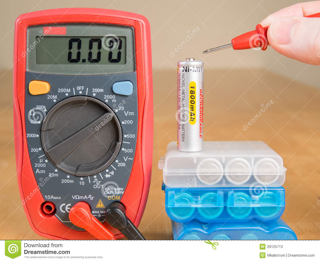 measuring battery voltage with multimeter stock photos image 29125713. Black Bedroom Furniture Sets. Home Design Ideas