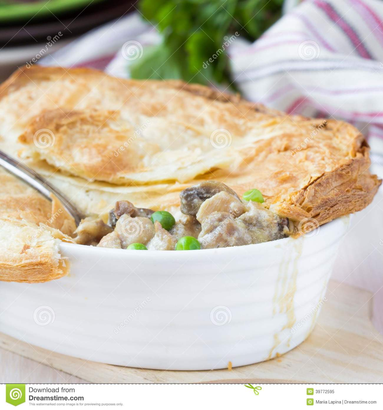 how to use puff pastry in meat pies