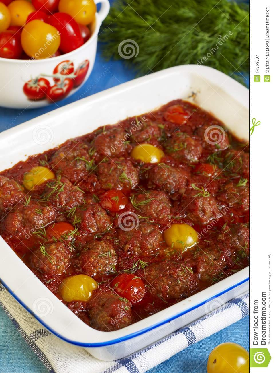 Meatballs And Tomatoes In Tomato Sauce Royalty Free Stock ...