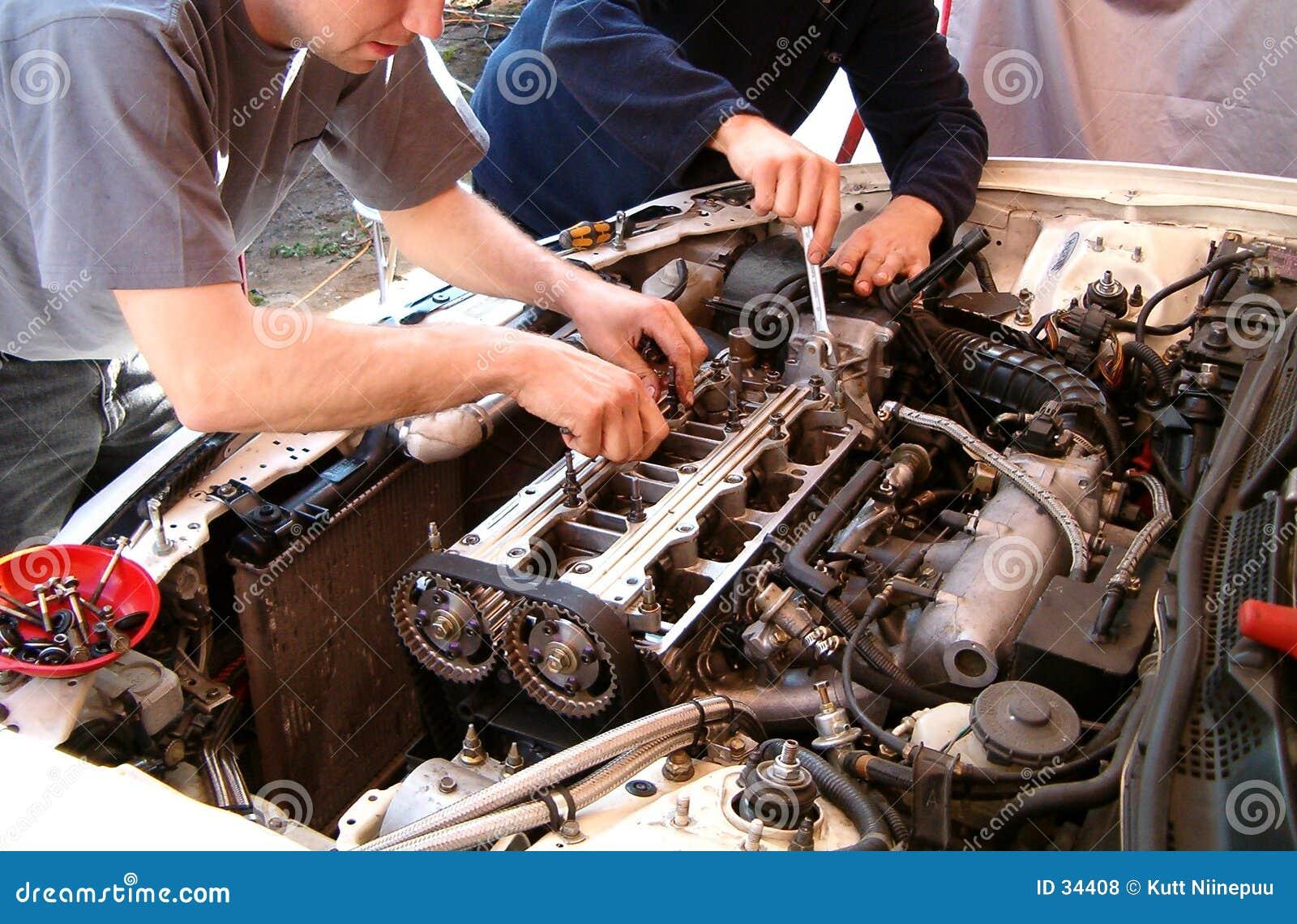 Download Mecánicos foto de archivo. Imagen de assembling, motor, camshafts - 34408