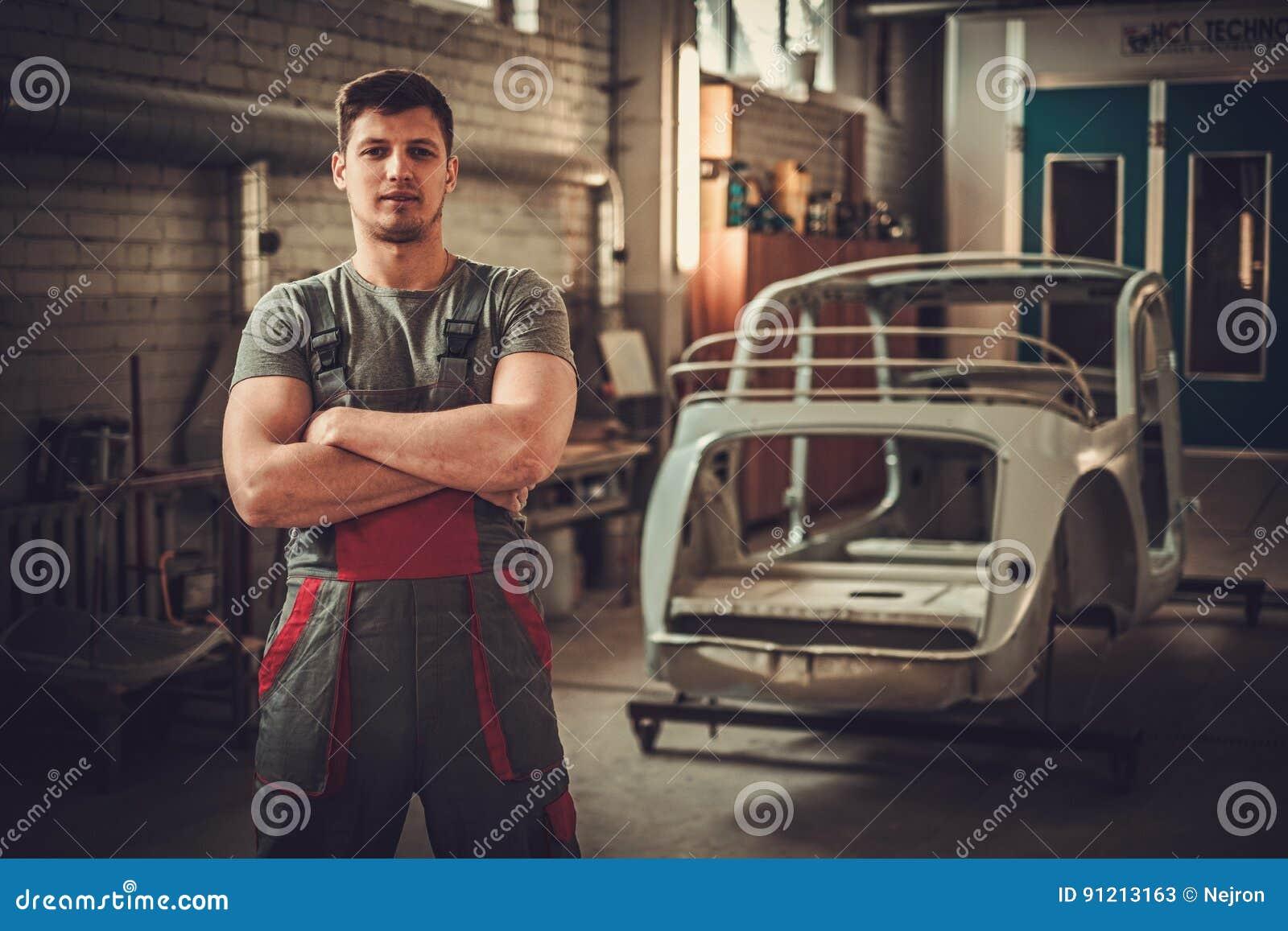 Mechanic In Classic Car Restoration Workshop Stock Image Image Of - Classic car restoration