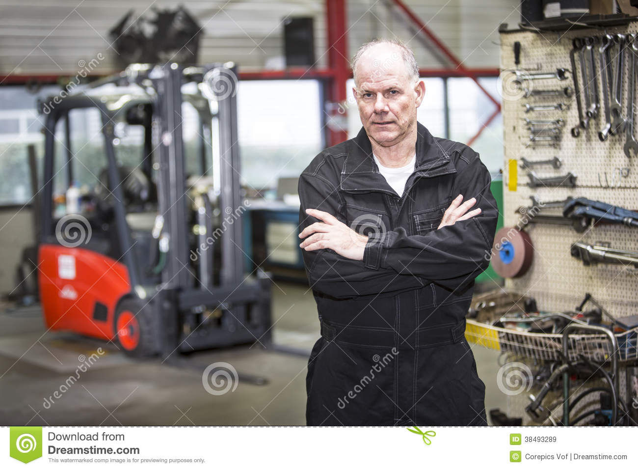 Forklift Mechanic With Clip Board Stock Image Image - Forklift mechanic