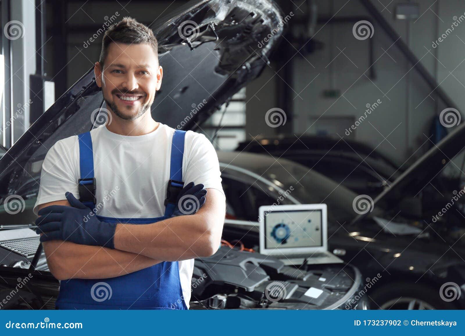 Mechanic Near Automobile In Service Center. Car Diagnostic ...