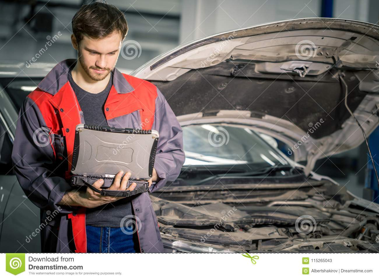 Very special car mechanics