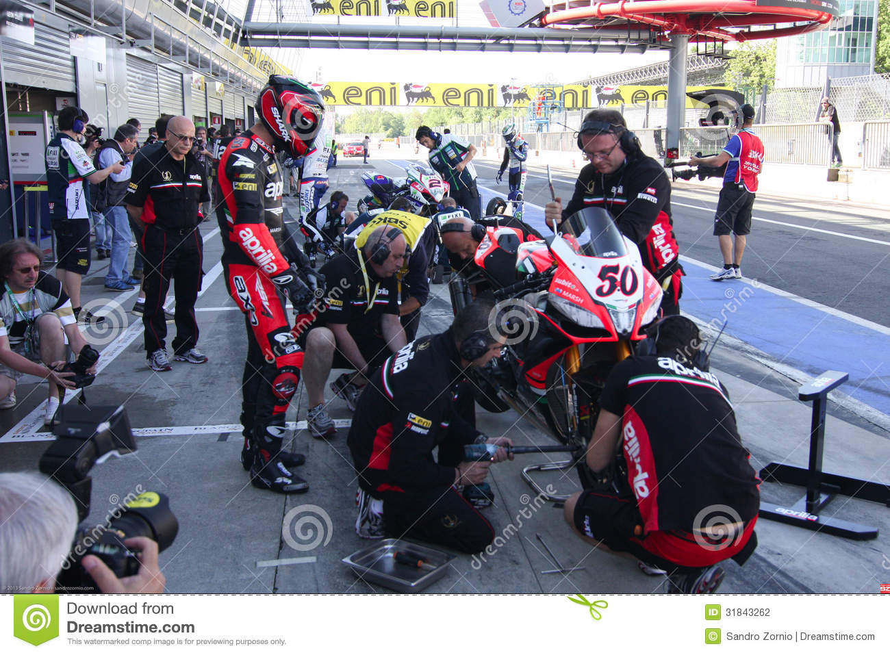 Mechanical working pit stop on Aprilia RSV4 1000 Factory with Aprilia Racing Team Superbike WSBK