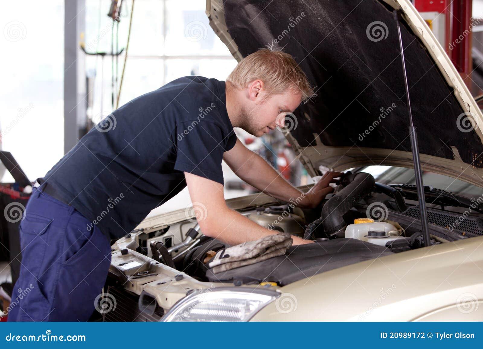 Mechaniker-Festlegung-Auto