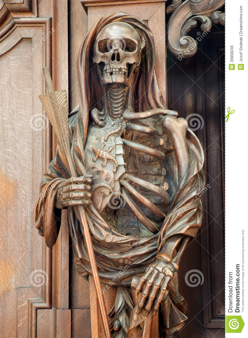 Mechelen carved apocalyptic death statue from onze lieve