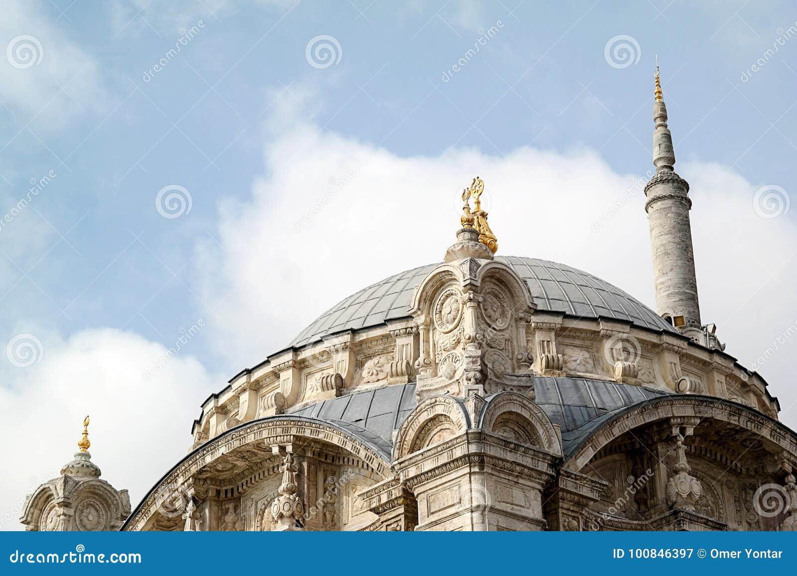 Meczety i minaret