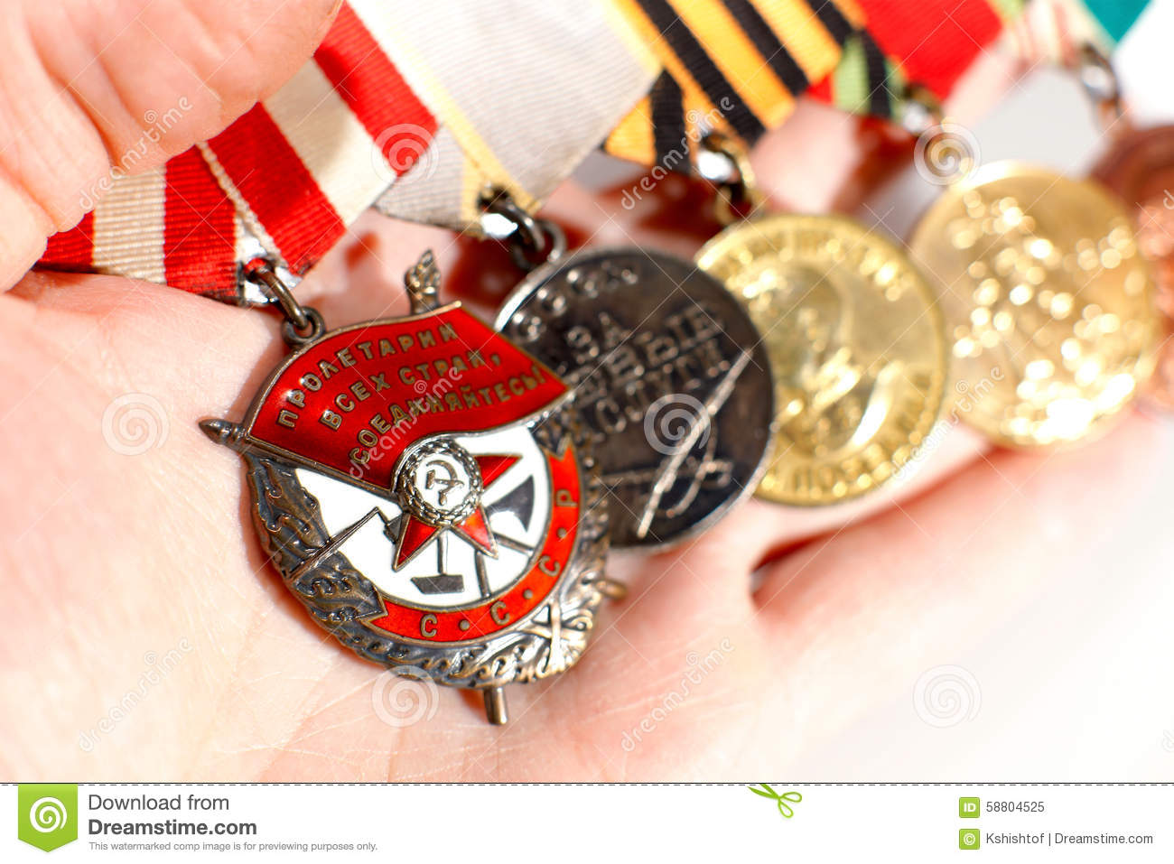 how to buy canadian war medals of relatives