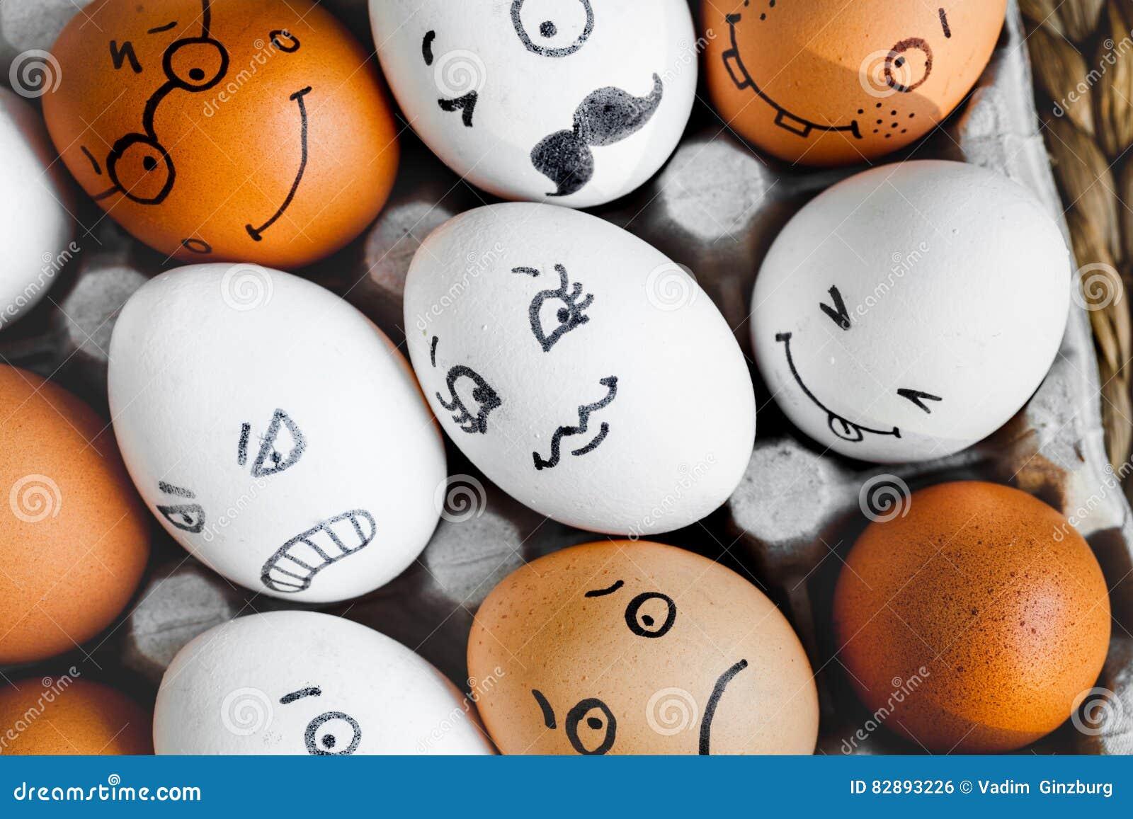Mededeling en emoties van concepten de de sociale netwerken - eieren