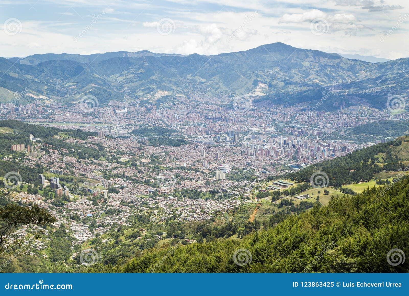 Medellin, Antioquia/Kolumbien - 10. August 2018 Ansicht der Stadt Medellin ist Kolumbien-` s zweitgrösste Stadt mit einer Bevölke