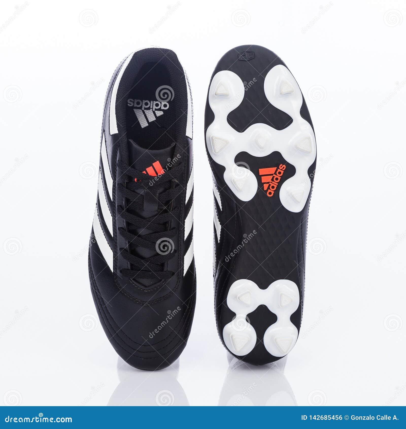 minusválido taburete Árbol genealógico  Medellin, Colombia- Marzo 21, 2019: ADIDAS Football/soccer Shoes Editorial  Photo - Image of league, adidas: 142685456