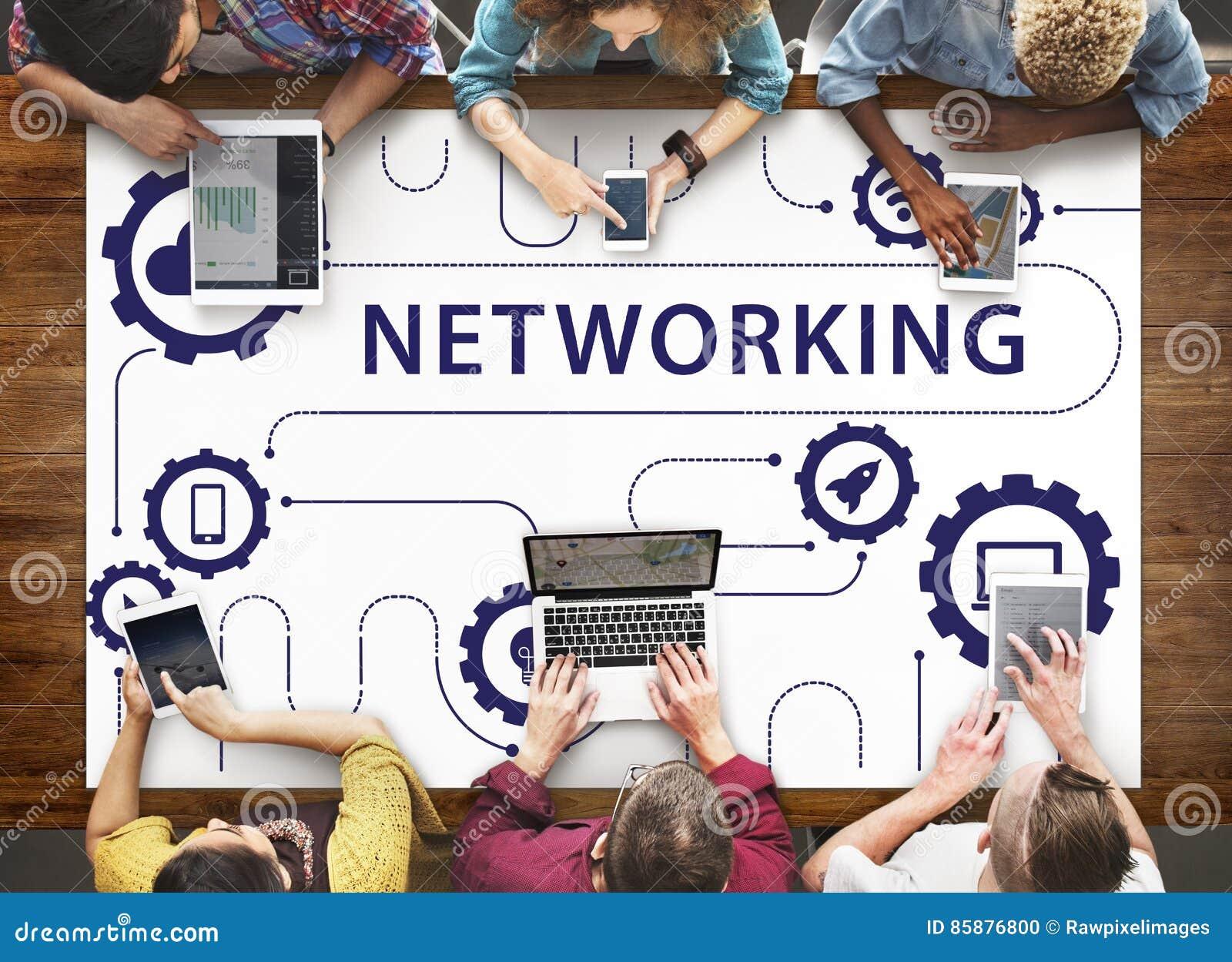 Media social partageant le concept en ligne d échange