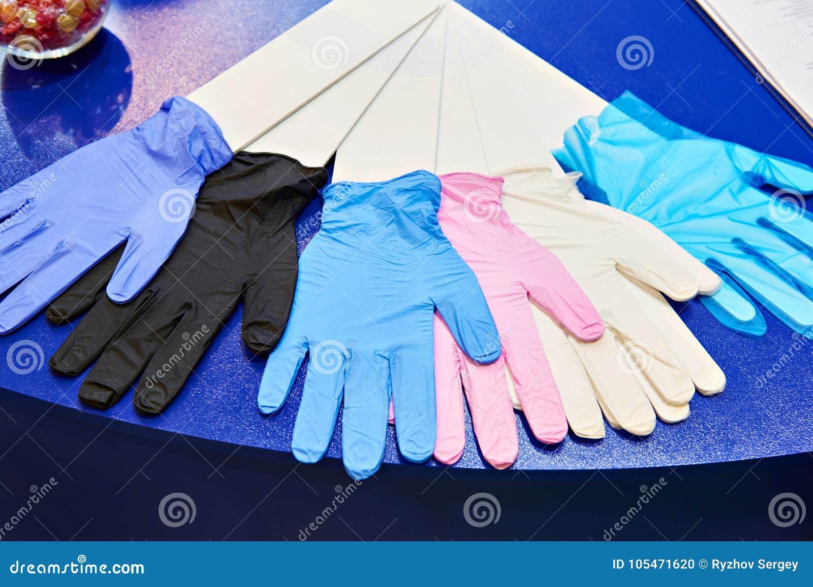 Medical nitrile powder free gloves