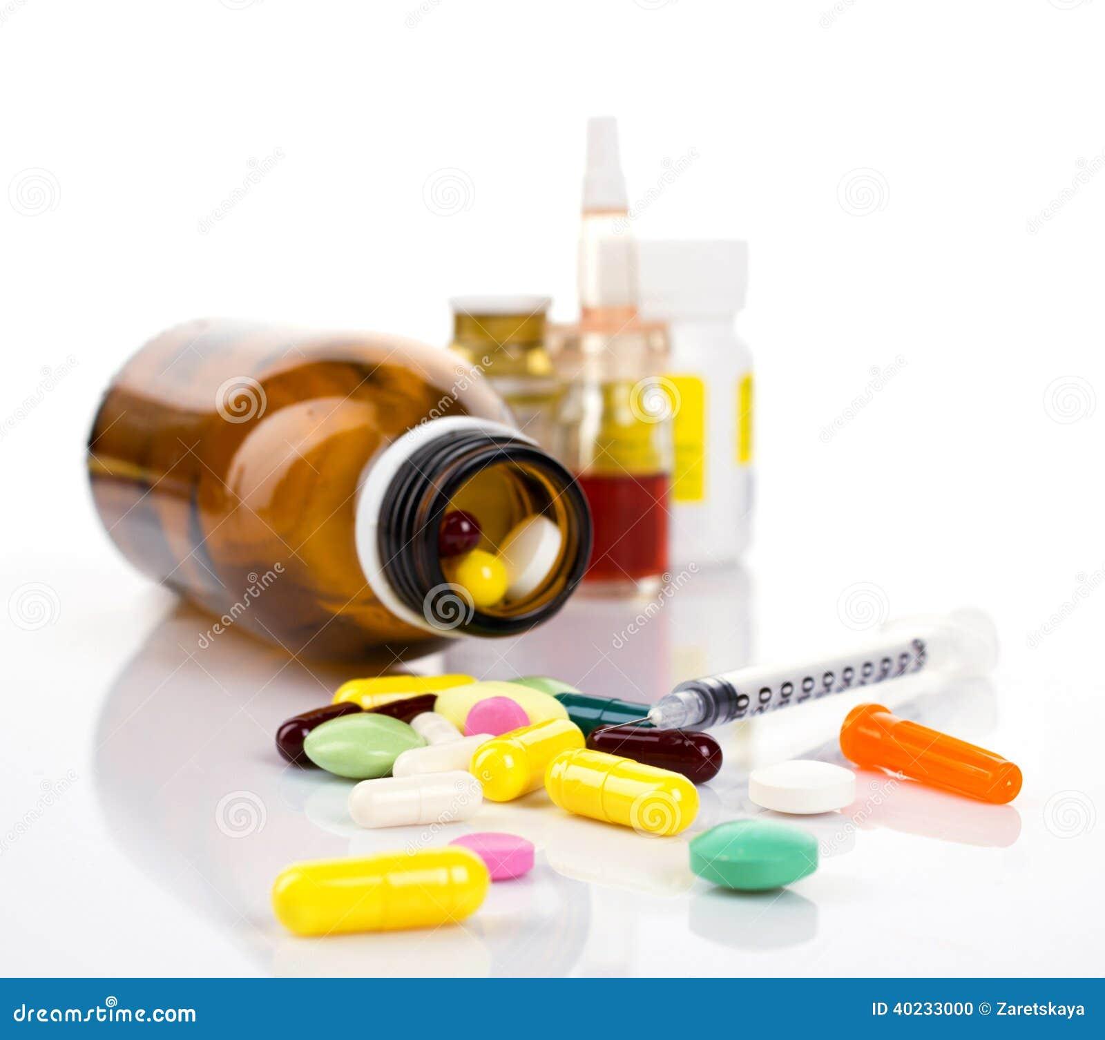 Medicamentos Y Jeringuilla De La Insulina Foto de archivo