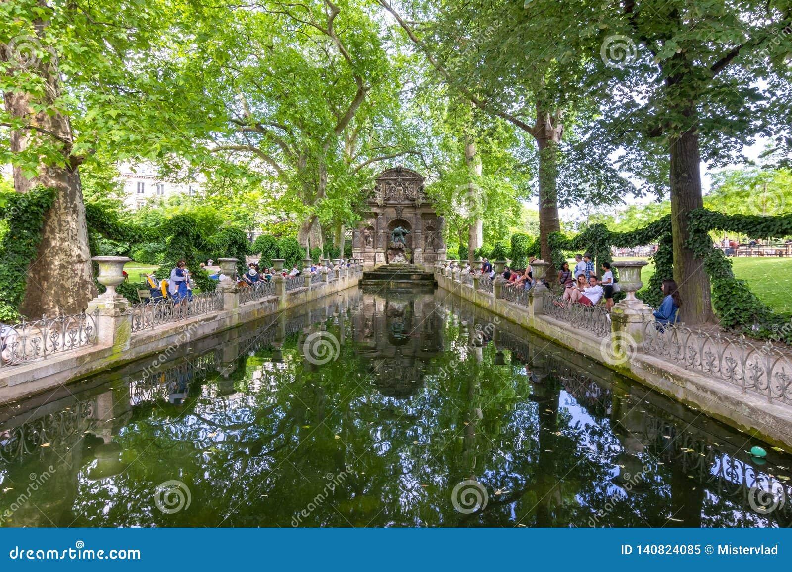 Medici-Brunnen in Luxemburg-Gärten, Paris, Frankreich