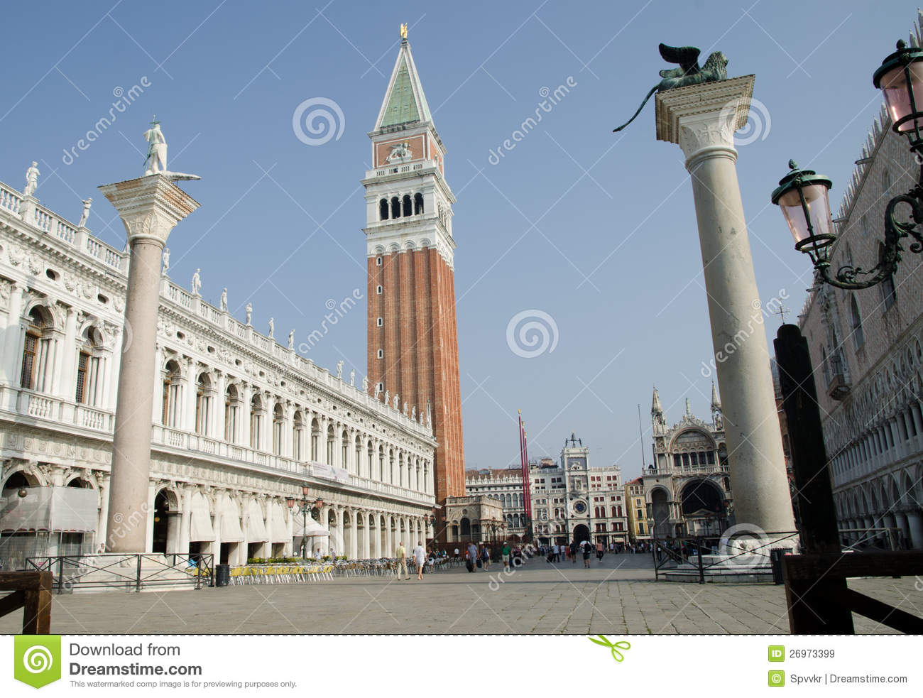 Medieval architecture in venice ital stock image image for Architecture venise