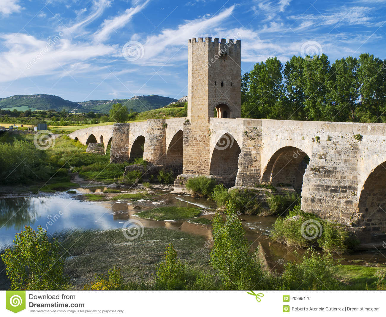 Medieval Bridge Stock Photo Image 20995170