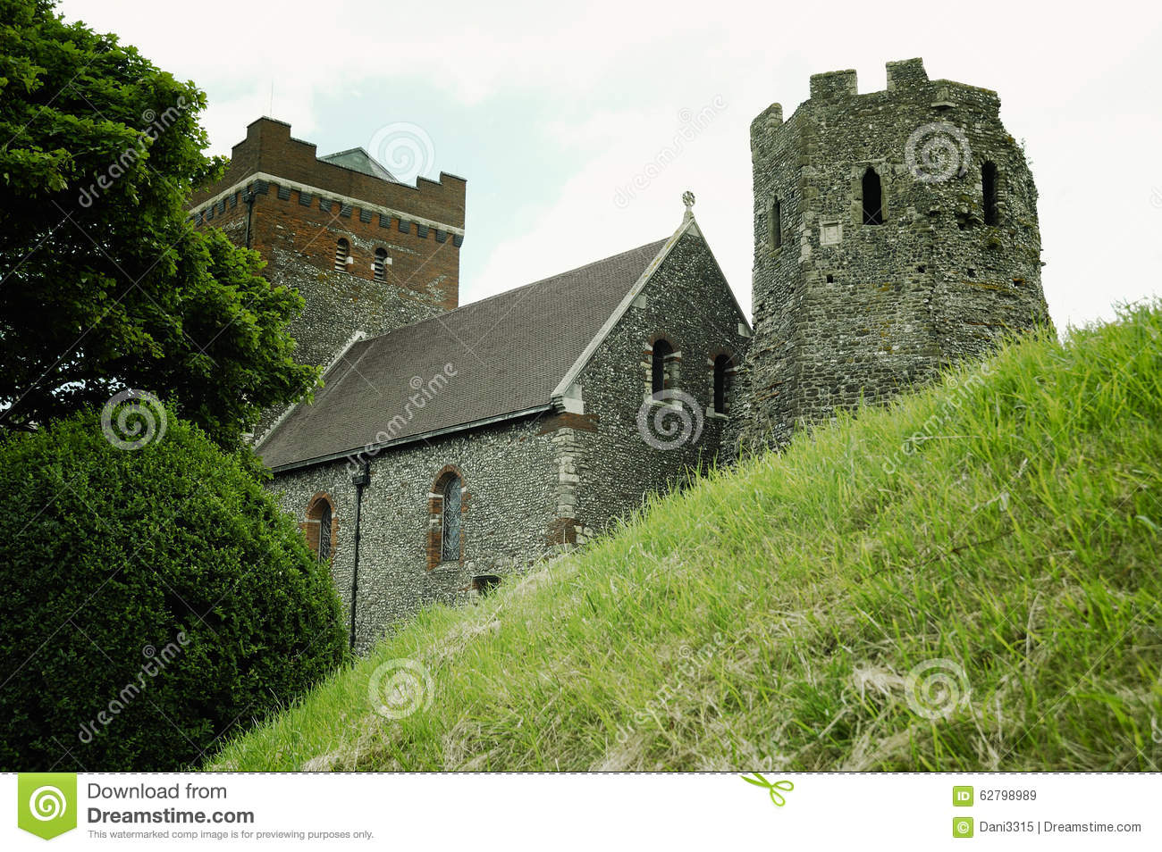 Dover United Kingdom  City new picture : Medieval Dover Castle on the hill above Dover, United Kingdom.