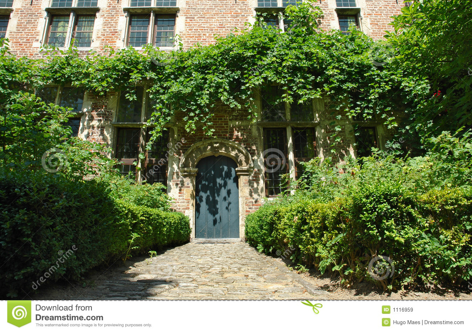 Download Medieval Flemish House Facade Stock Image - Image of door, green: 1116959
