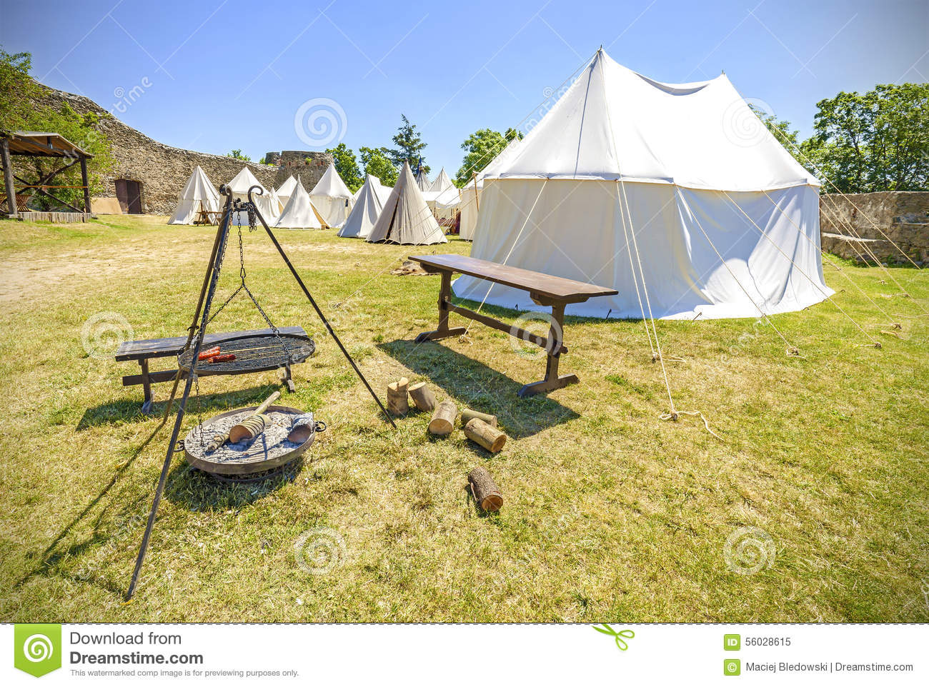 Medieval style tent and c& fire. & Medieval Style Tent And Camp Fire. Stock Image - Image of wood ...