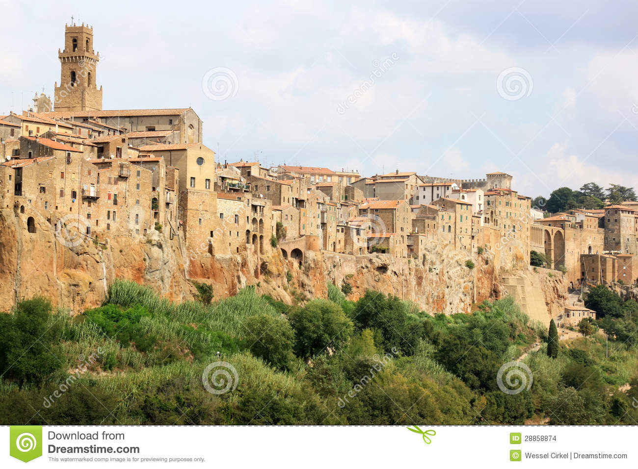 Medieval town of pitigliano in italian tuscany stock photo for Is florence in tuscany