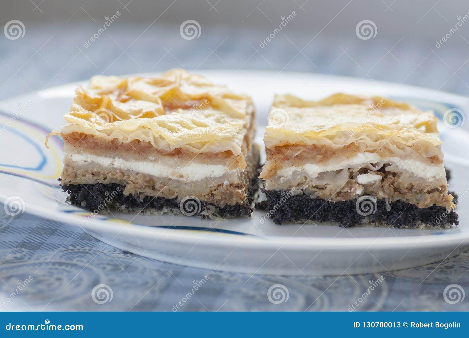 Medimurska Gibanica Kroatischer Traditioneller Kuchen Stockbild