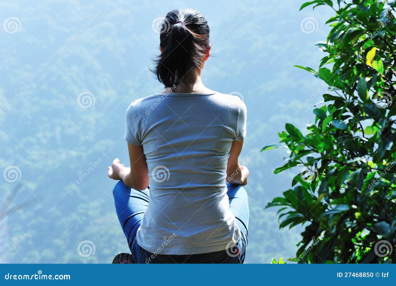 meditation yoga mountain top
