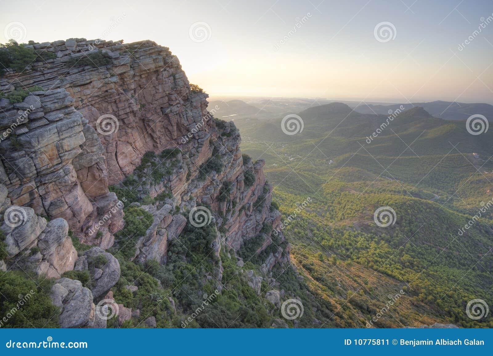 Mediterraan bergachtig landschap