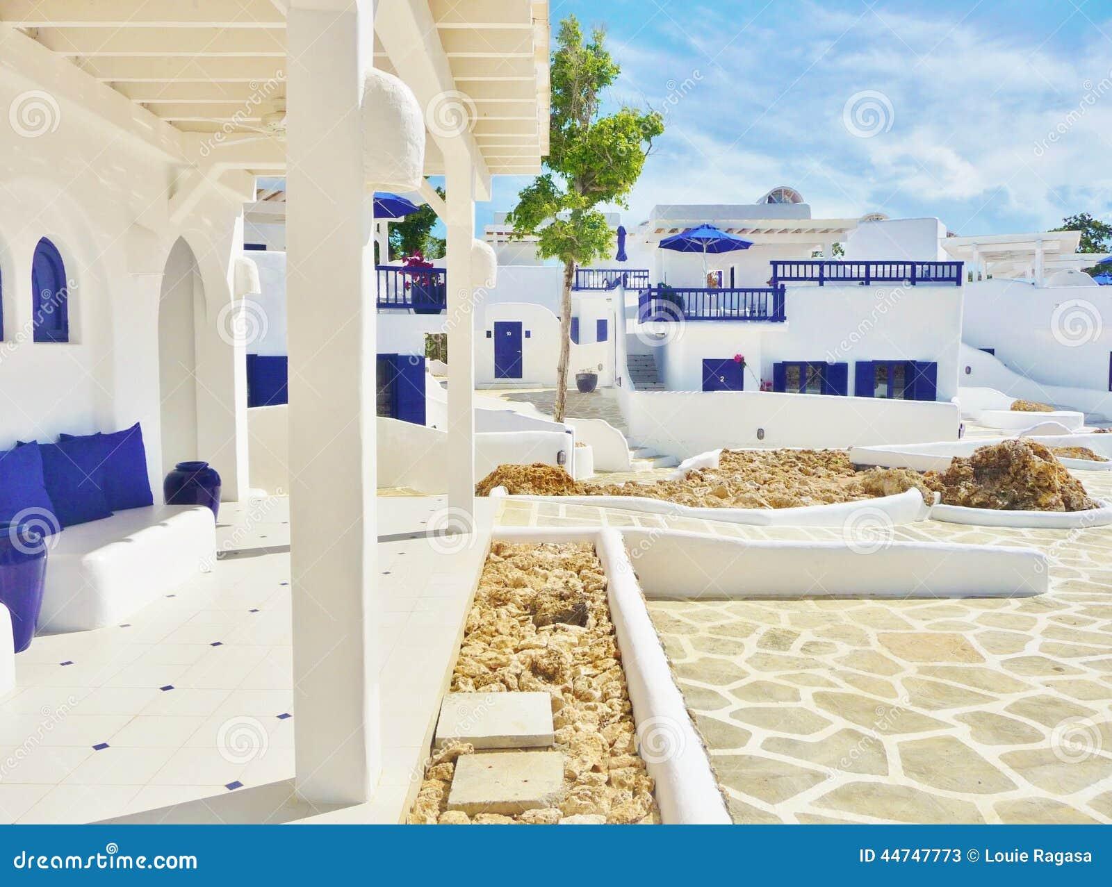 Huizen Met Mooie Kleuren En Ontwerpen Stock Fotografie ...