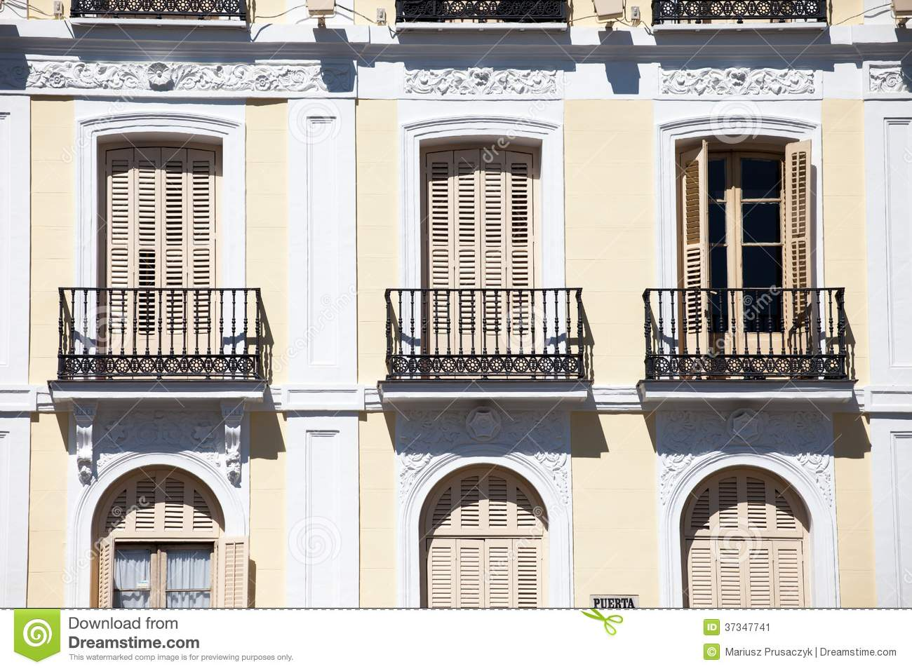 Mediterranean Architecture In Spain. Old Apartment ...