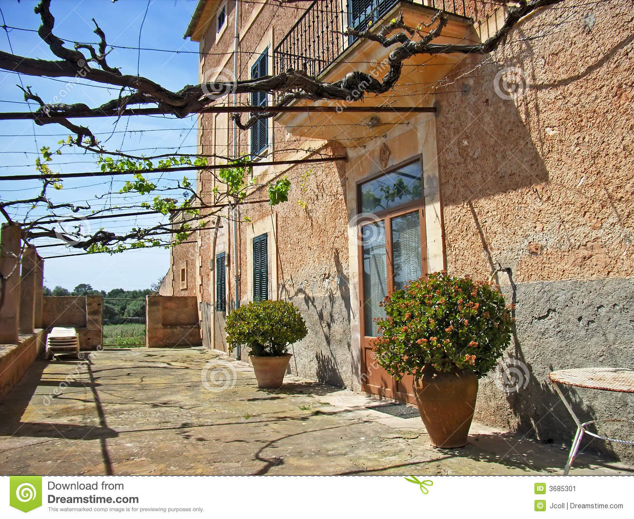 Mediterranean country house stock image image 3685301 for Mediterranean country house