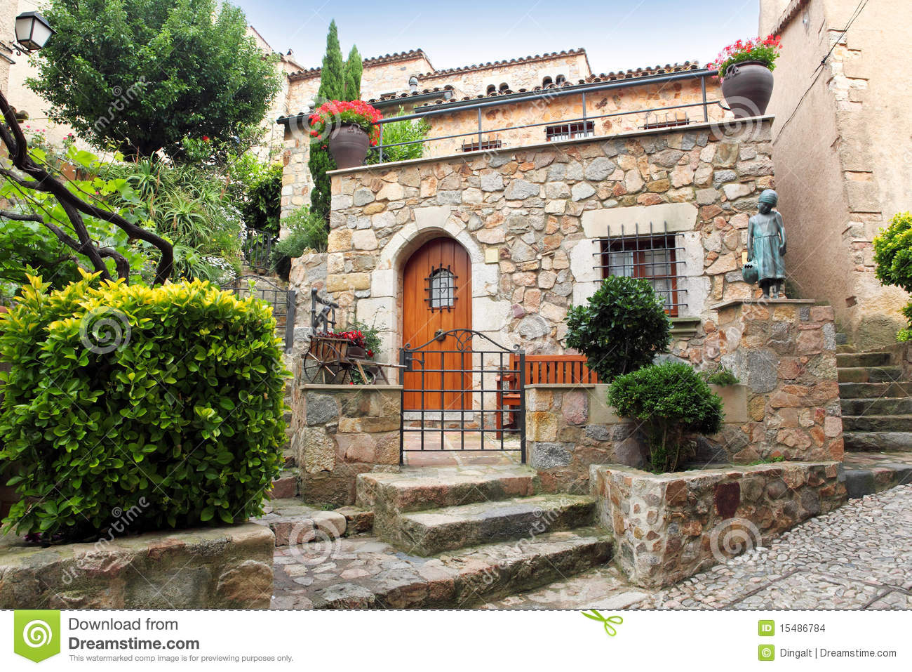 Mediterranean-style Decorated Patio Stock Images - Image: 15486784