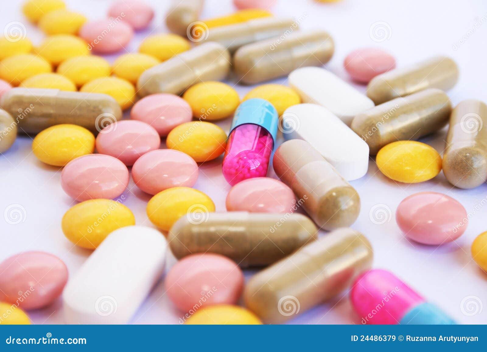 Medizinische Pillen Und Tabletten Stockbild - Bild von