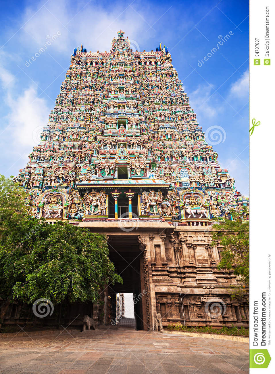 Madurai India  city photo : Gopuram of Meenakshi Temple in Madurai, India.