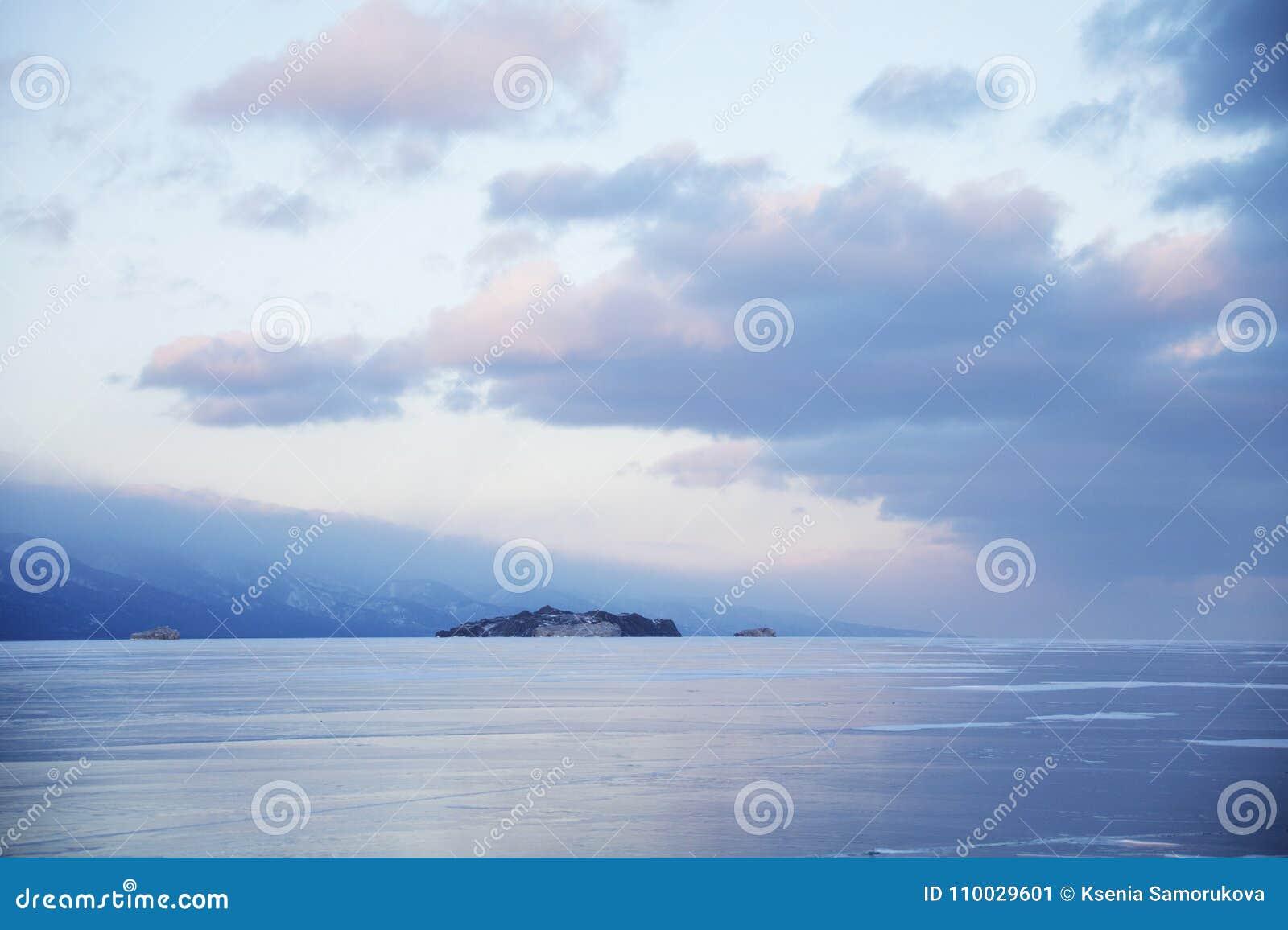 Meer Baikal, de winterlandschap