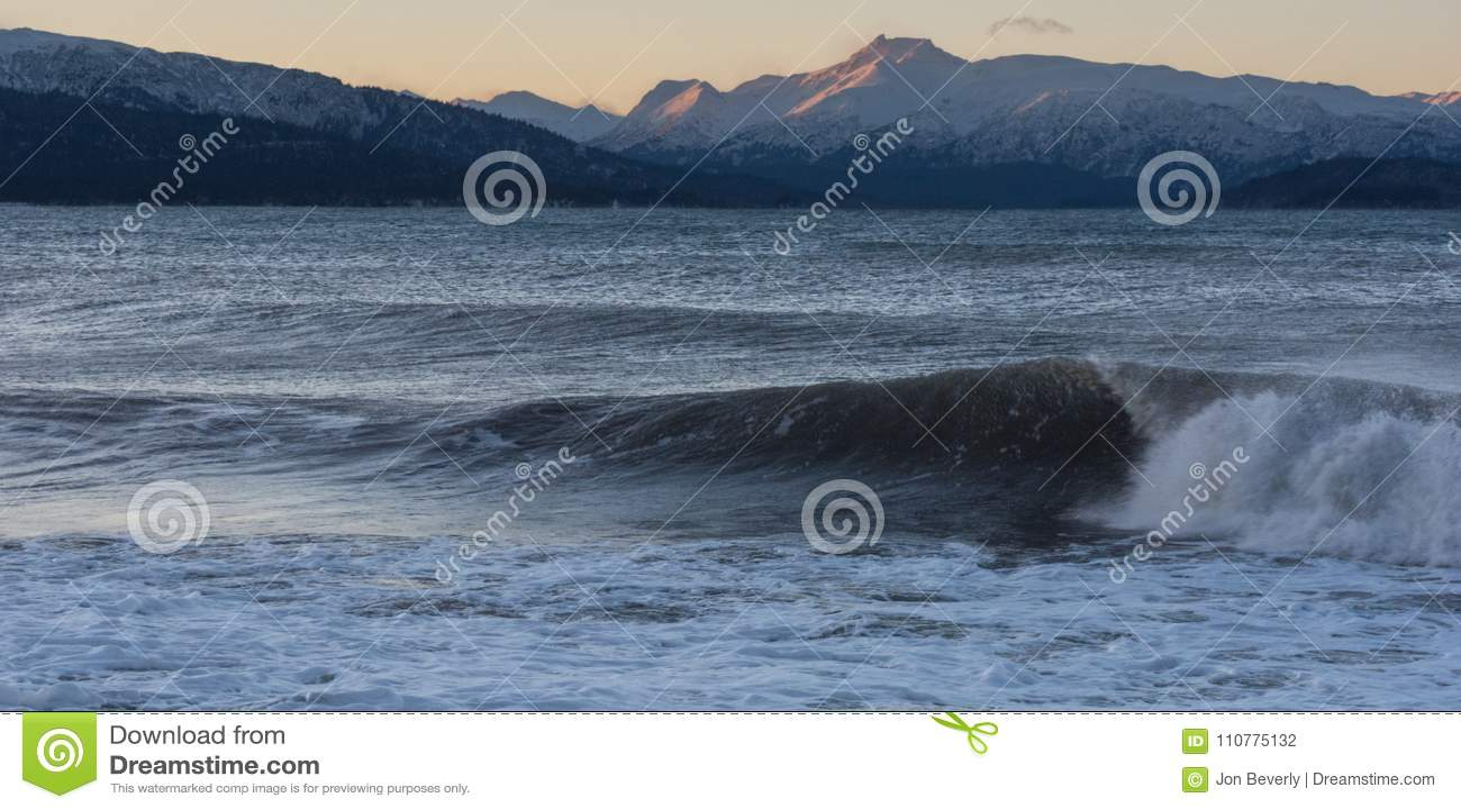 Meereswellen- und Kenai-Berge