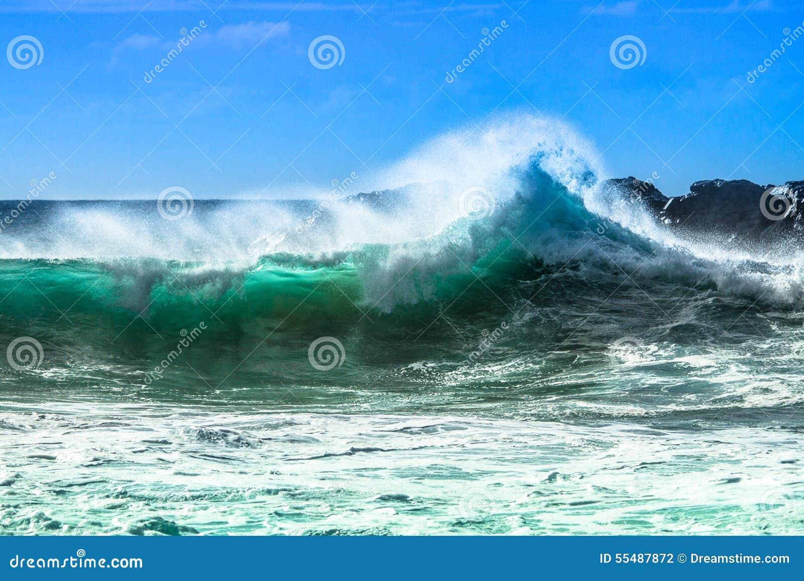 Meereswoge mit Spray