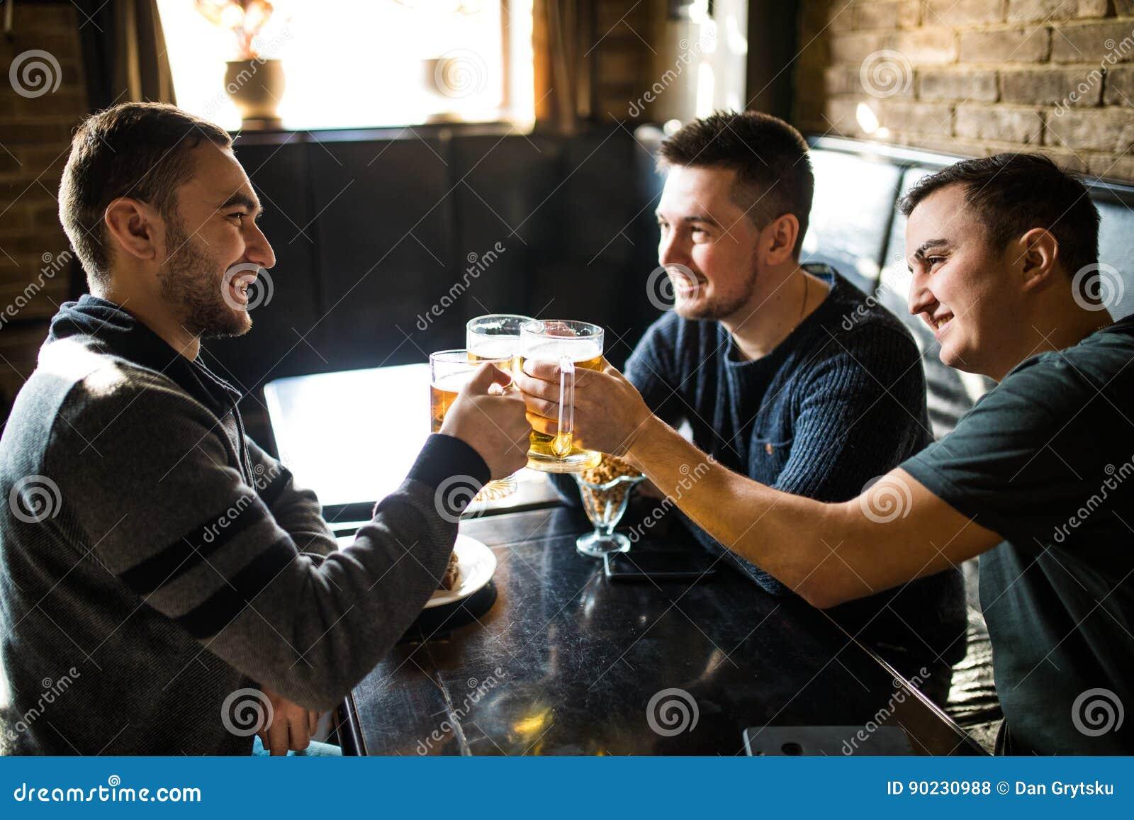 Meeting men at bars