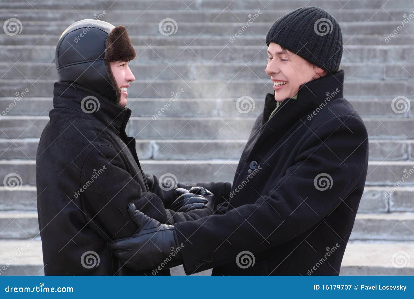 Фотографии двух друзей парней 1 фотография