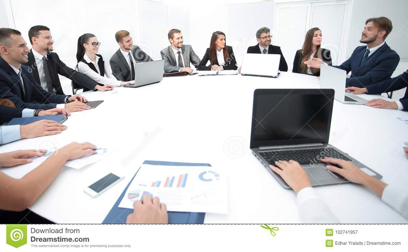 Exceptionnel Meeting Of Shareholders Of The Company At The Round   Table.the Business Of  The Meeting