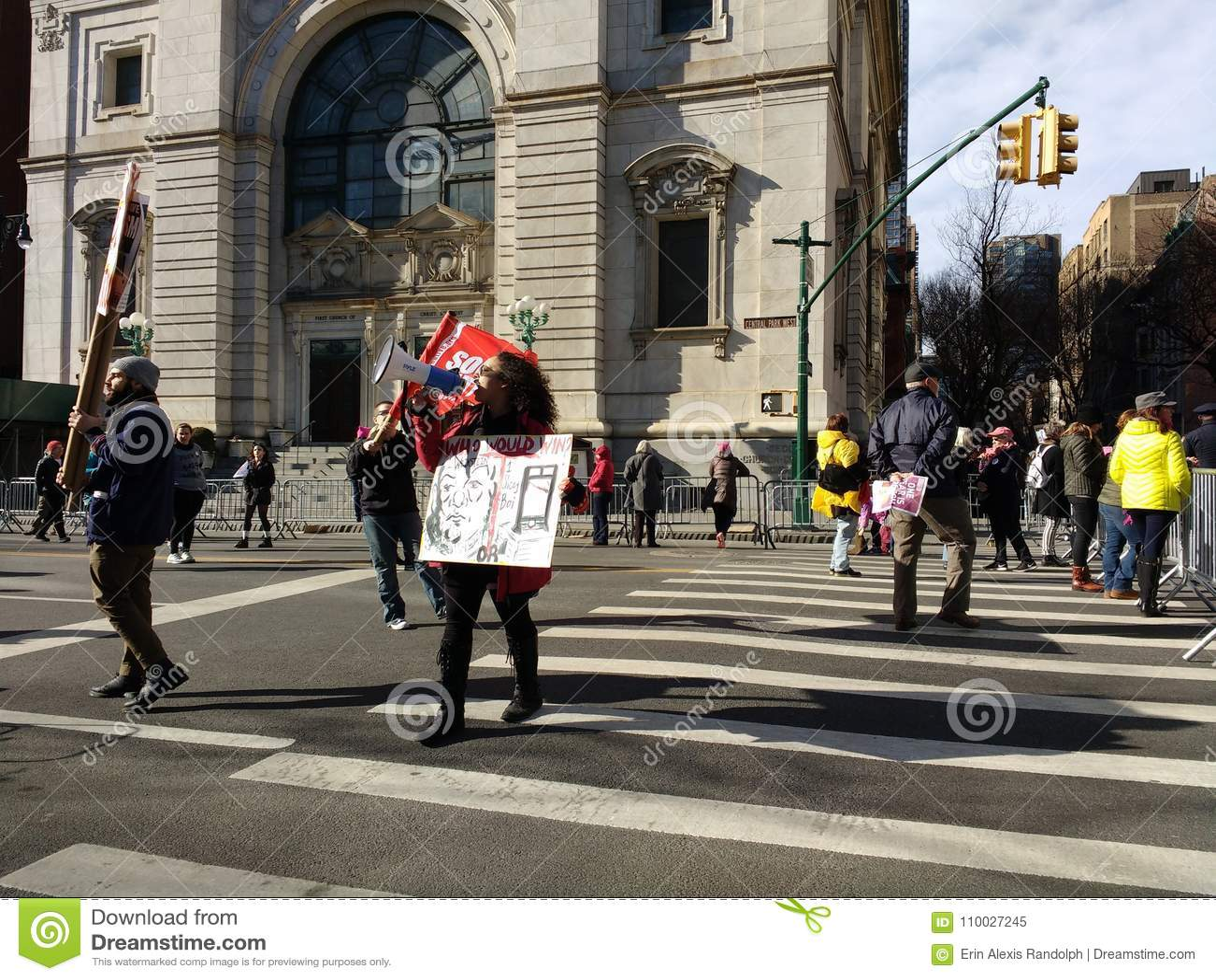 Megafoon, Vraag aan Actie, Vrouwen ` s Maart, het Central Parkwesten, NYC, NY, de V.S.