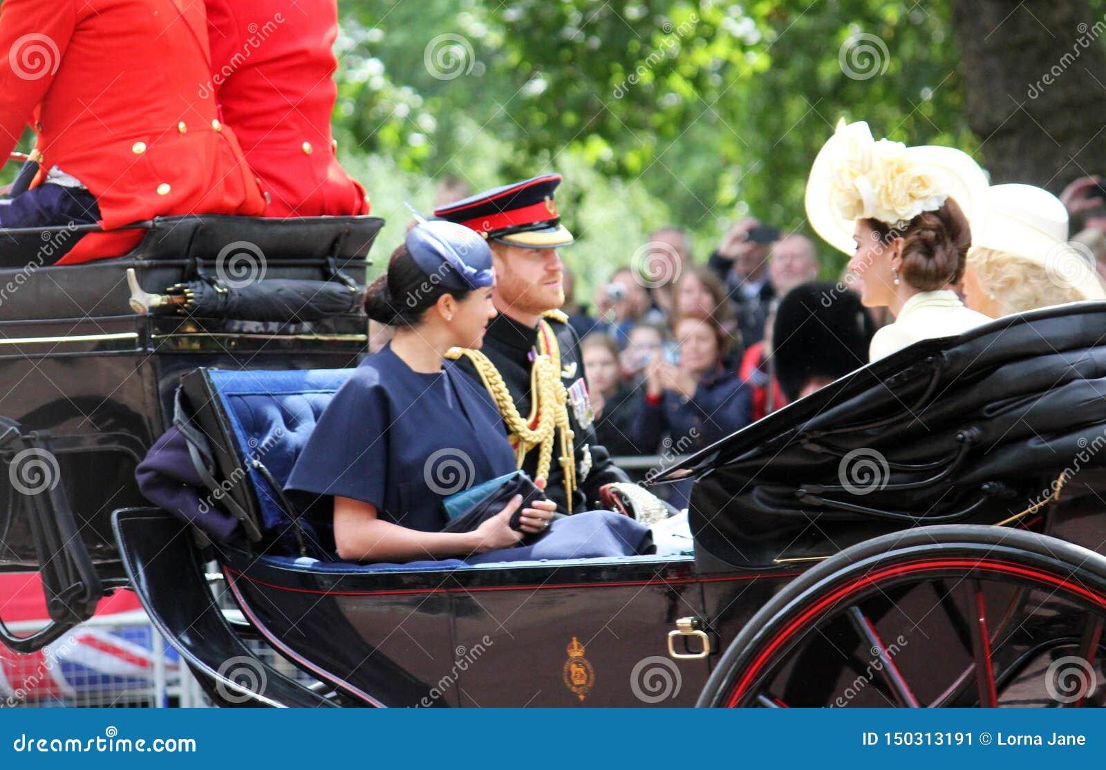 Meghan Markle, Londyński uk 8 2019 Czerwiec - Meghan Markle Kate Middleton książe Harry Camilla Parker Bowles zapasu fotografia